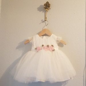 Other - 💖NWOT White Tulle Dress💖
